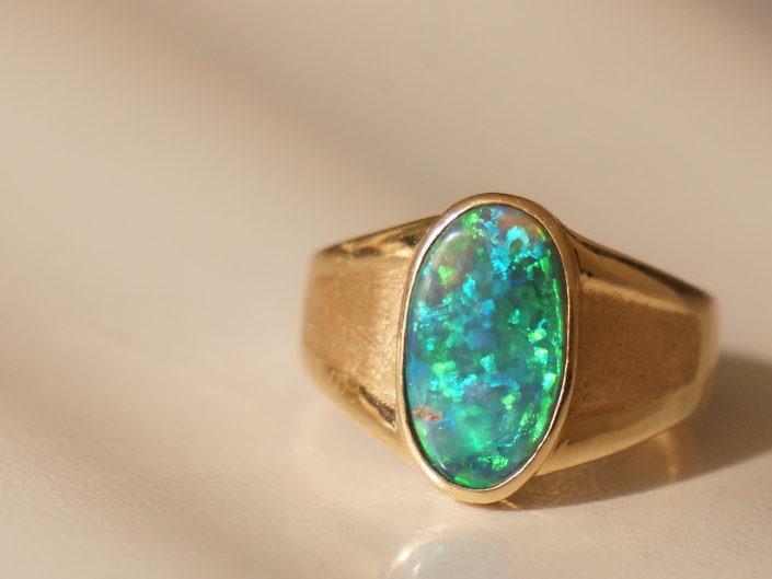 3.63ct Lightning Ridge Black Opal Ring 14k Gold